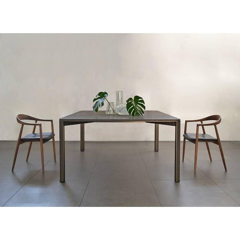 Gregorio Dining Table in Basaltina Marble In New Condition For Sale In Milan, IT
