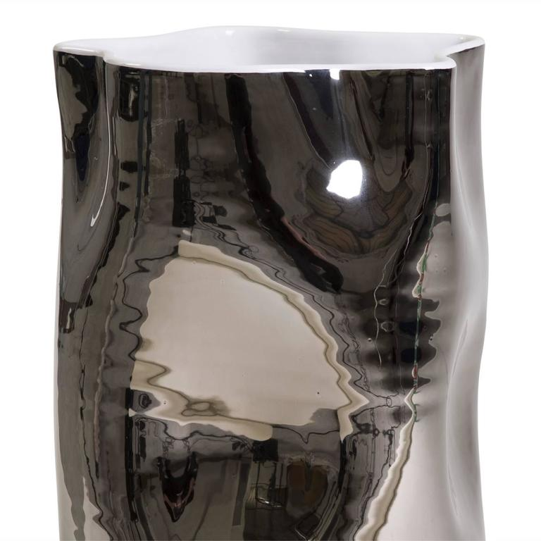 Exquisite Ceramic Vase 2