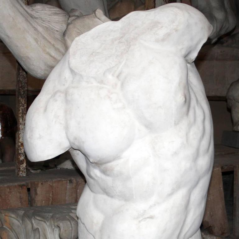 This is a plaster bust reproducing the Torso Gaddi, the famous fragmentary sculpture displayed in the Uffizi Museums in Florence, which inspired many great artists of the Renaissance, including Michelangelo. The piece, handcrafted by the skilled