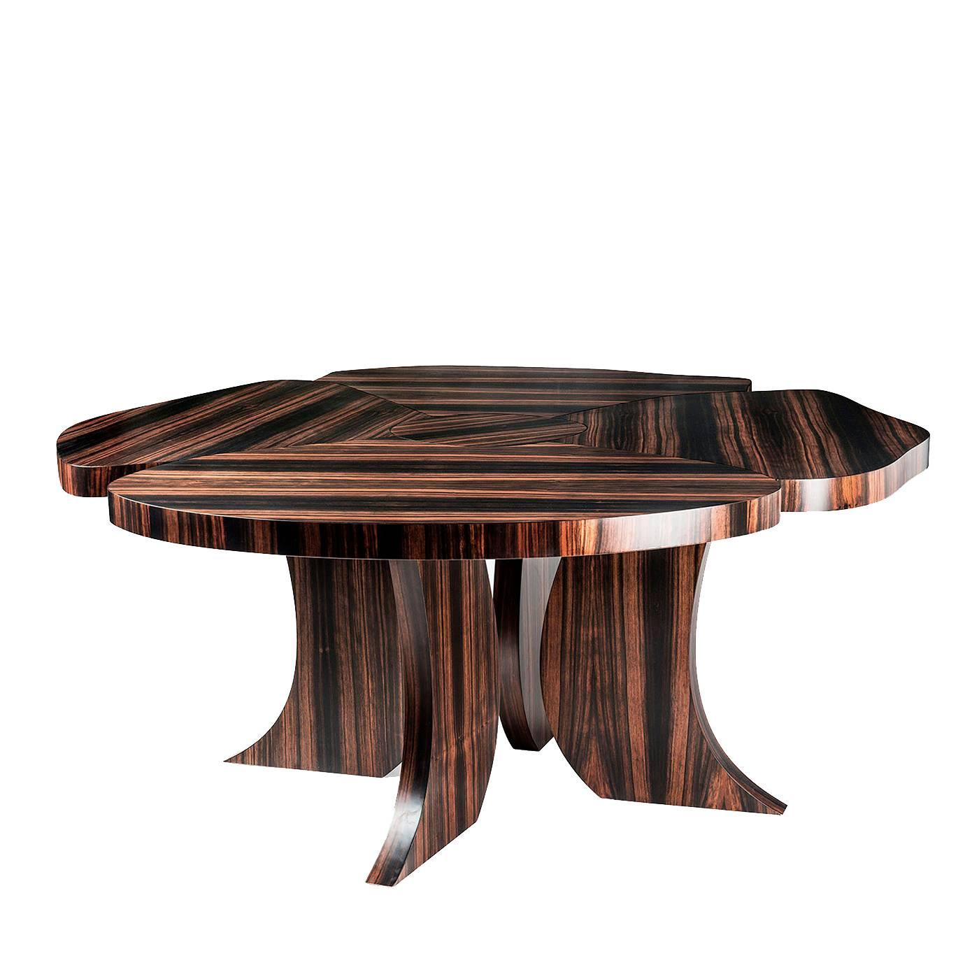 Stunning U0027Andyu0027 Dining Table With A Contemporary Design