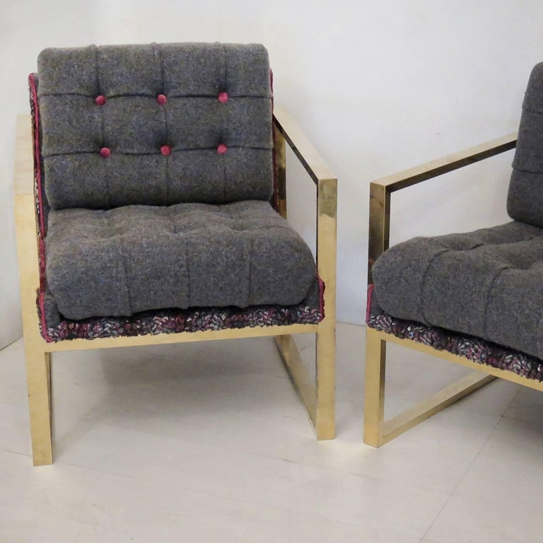 Italian Set of Two Armchairs in Multicolored Fabric For Sale