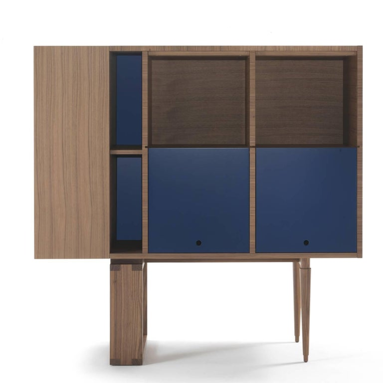 Wood Cabinet In Excellent Condition For Sale In Milan, IT