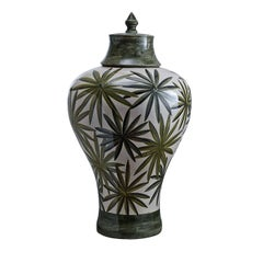 Bonnie Vase with Palm Tree Leaves