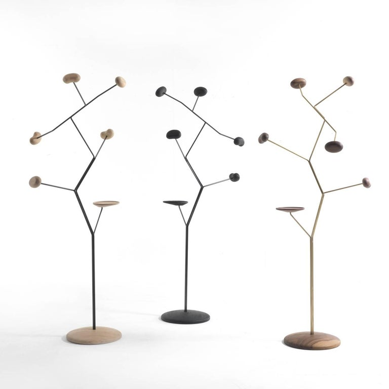 Seed Coat Hanger In New Condition For Sale In Milan, IT