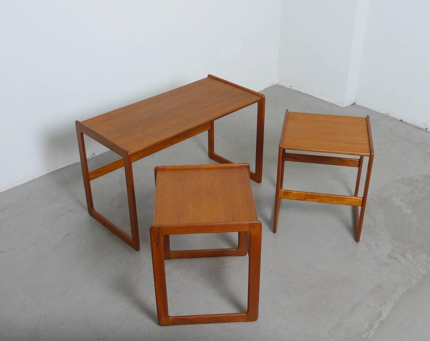 Set Of Three Arne Hovmand Olsen Nesting Tables For Mogens Kold . Full resolution  photograph, nominally Width 1500 Height 1191 pixels, photograph with #723818.
