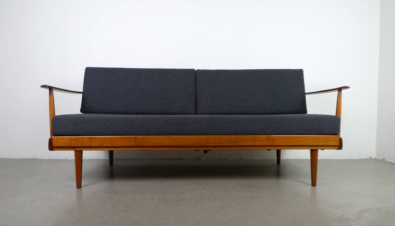 extendible daybed with walnut frame from walter knoll germany 1950s at 1stdibs. Black Bedroom Furniture Sets. Home Design Ideas