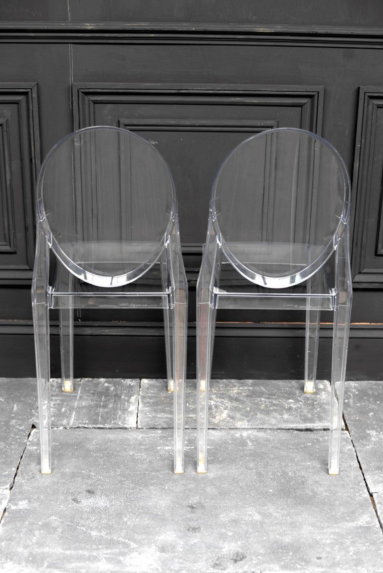 set of four crystal philippe starck victoria ghost chairs for sale at 1stdibs. Black Bedroom Furniture Sets. Home Design Ideas