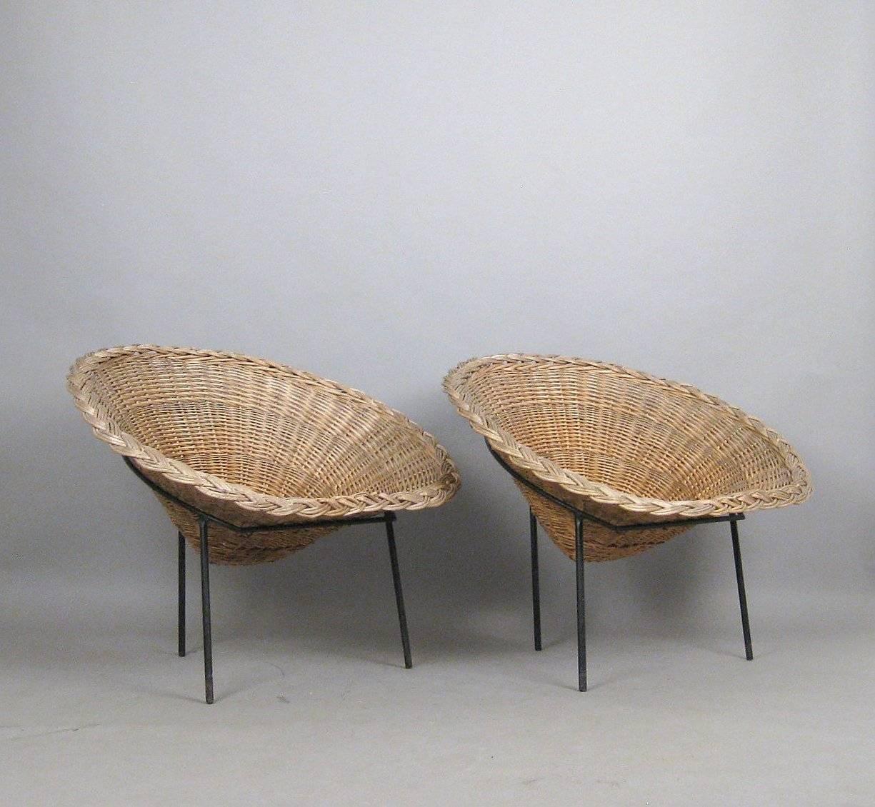 Pair of Mid Century Italian Wicker Chairs by Roberto Mango