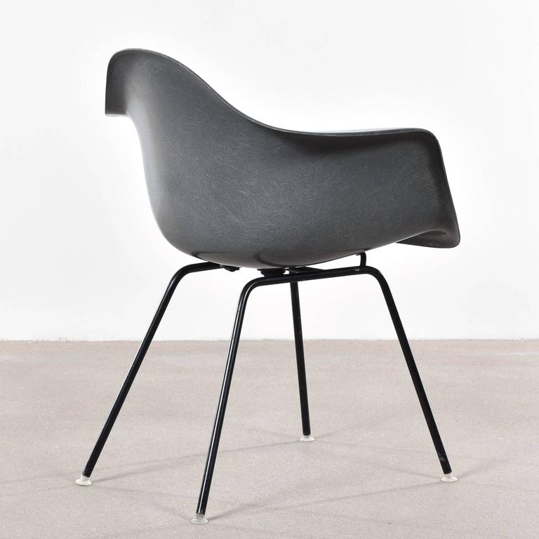 eames elephant hide grey dax dining chair for herman miller at 1stdibs. Black Bedroom Furniture Sets. Home Design Ideas