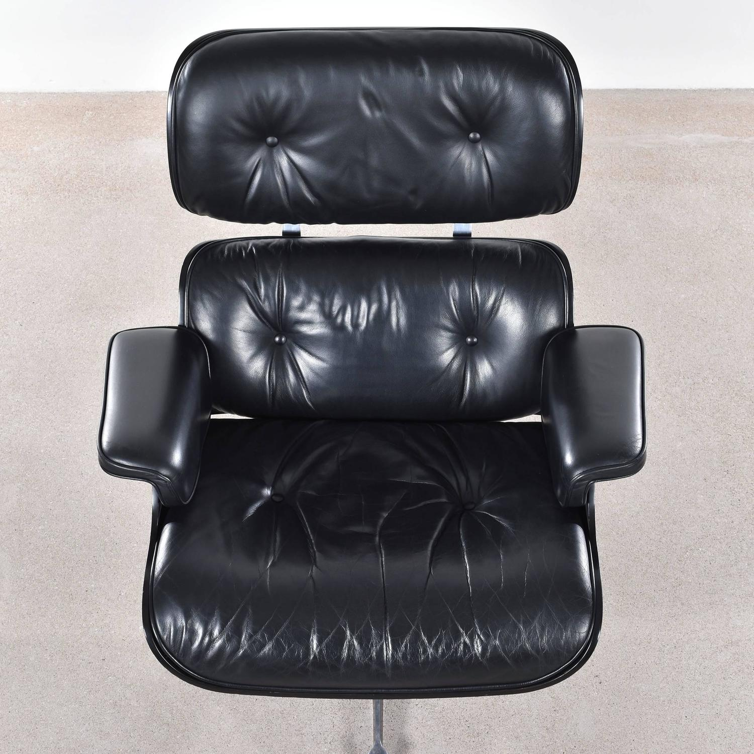 Eames Black Lounge Chair for Vitra For Sale at 1stdibs