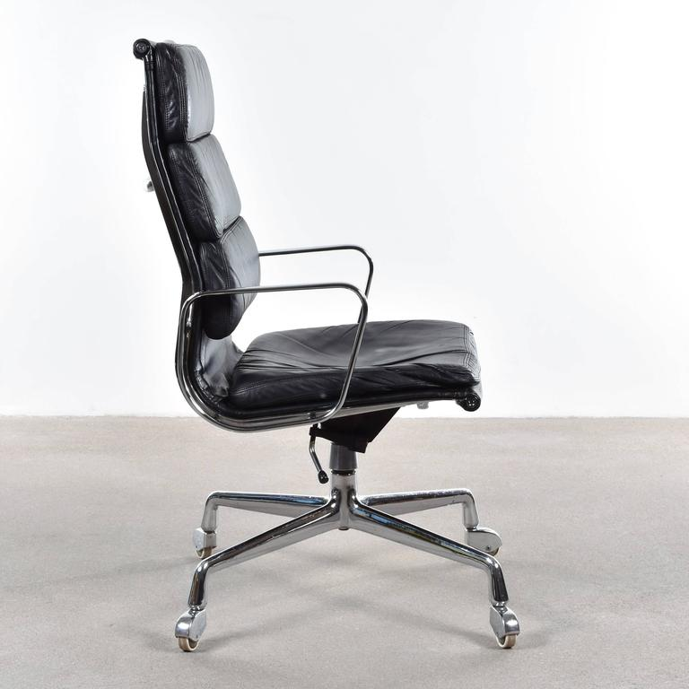 Eames EA219 Executive Office Chair for Vitra  Fehlbaum 2Eames EA219 Executive Office Chair for Vitra  Fehlbaum at 1stdibs. Eames White Soft Pad Style Executive Office Chair. Home Design Ideas