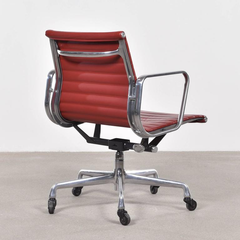 eames management office chair for herman miller 3