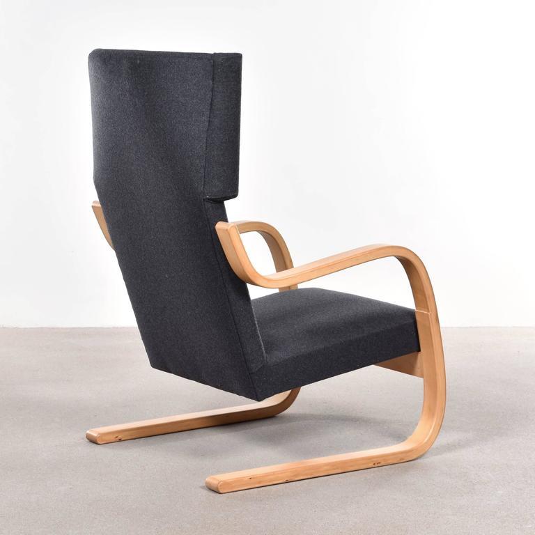 Mid-20th Century Alvar Aalto 401 Wingback Lounge Chair for Artek, Finland