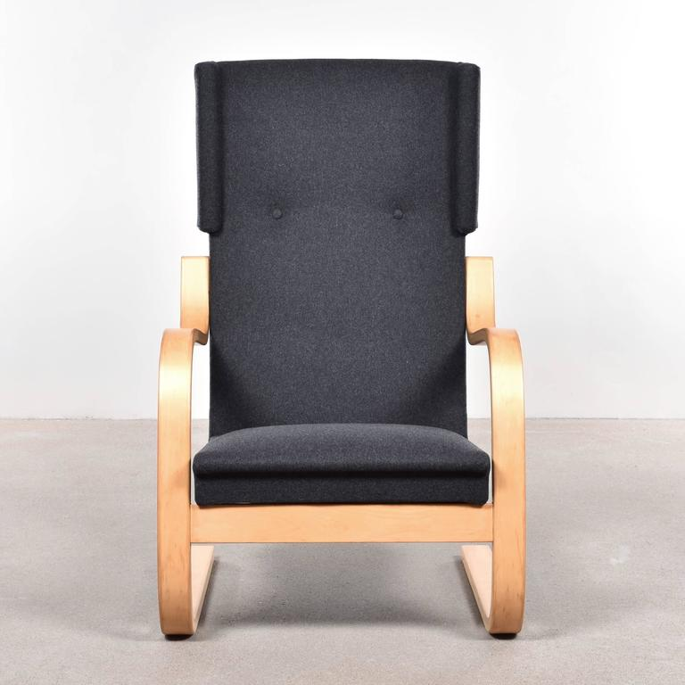 Alvar Aalto 401 Wingback Lounge Chair for Artek, Finland In Good Condition In Amsterdam, NL
