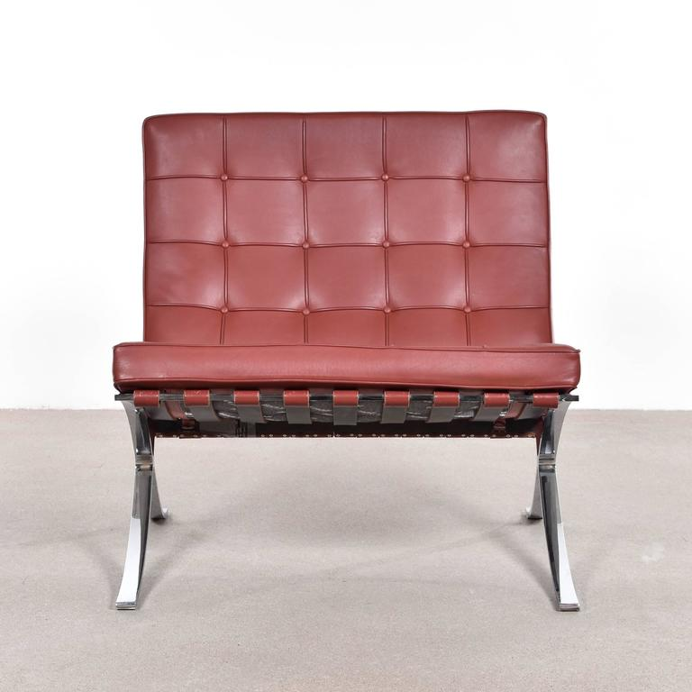 barcelona chair by ludwig mies van der rohe for knoll at 1stdibs. Black Bedroom Furniture Sets. Home Design Ideas