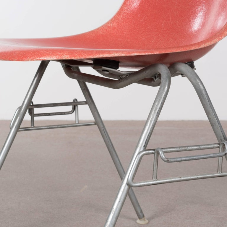 Eames DSS Stacking Side Chair for Herman Miller For Sale 1