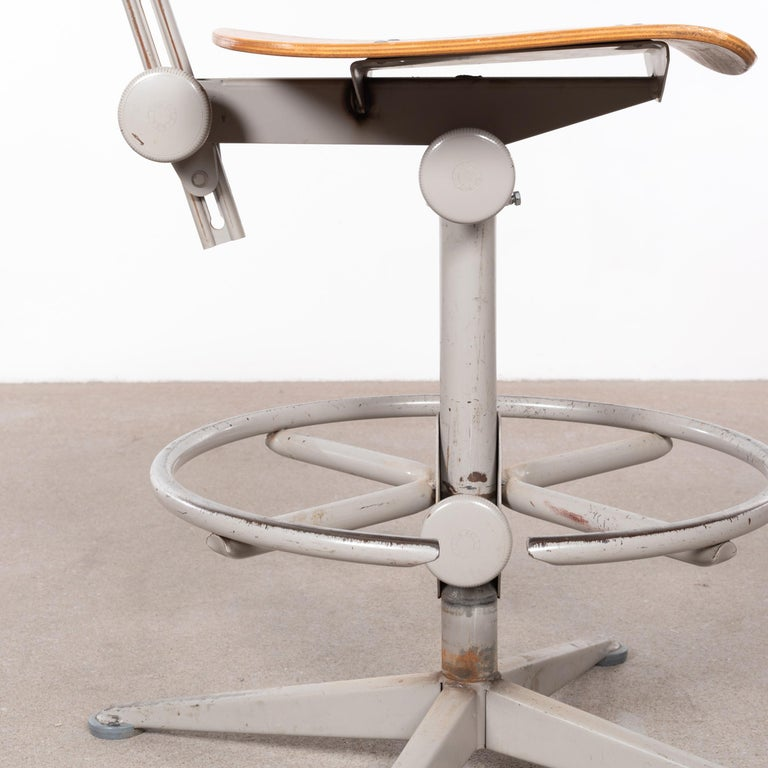 Friso Kramer Industrial Drafting Stools for Ahrend de Cirkel, Netherlands For Sale 11