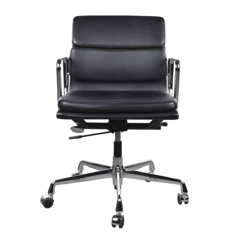 eames ea217 management soft pad vitra office chair at 1stdibs. Black Bedroom Furniture Sets. Home Design Ideas