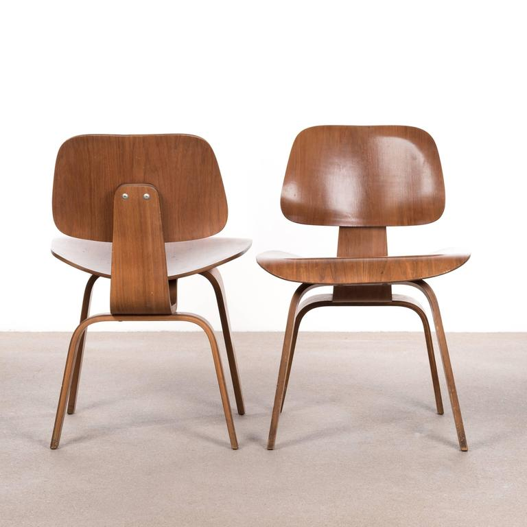 Eames DCW Walnut Dining Chair for Herman Miller For Sale  : DCW1701W003l from www.1stdibs.com size 768 x 768 jpeg 41kB