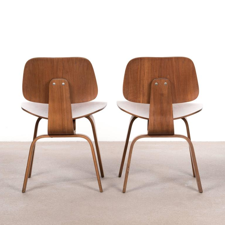 Eames DCW Walnut Dining Chair for Herman Miller For Sale  : DCW1701W004l from www.1stdibs.com size 768 x 768 jpeg 41kB