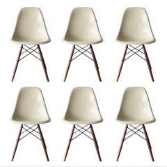 Set of Six Eames off White DSW Herman Miller, USA Dining Chairs