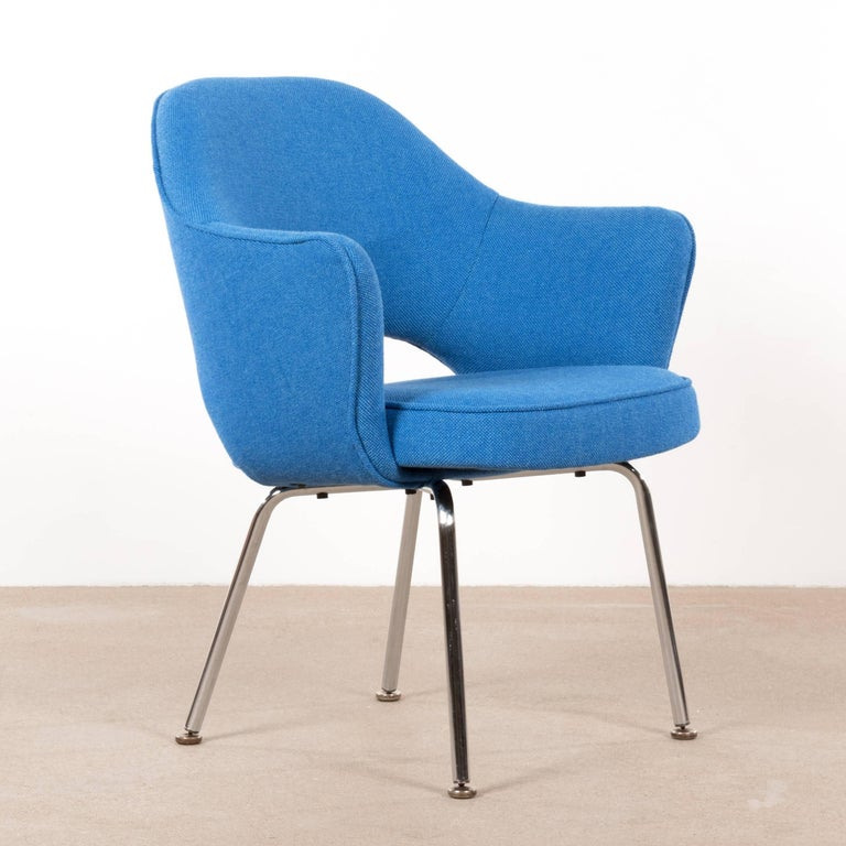 Mid-Century Modern Eero Saarinen Executive Armchairs for Knoll and De Coene For Sale