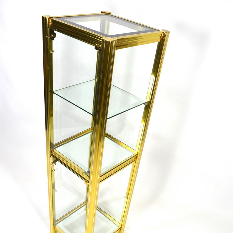 Midcentury Italian Brass Showcase For Sale 2