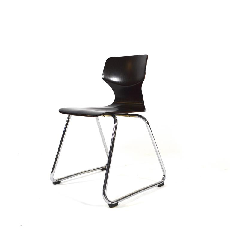 We have over 100 of these beautiful chairs available. Ergonomically designed for all day use in schools and work environments these chairs are also suitable for bar, restaurant and dining table use. Made in Germany by the Flötotto