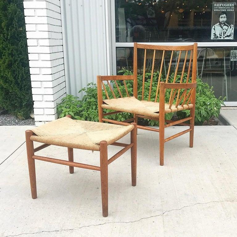 J82 Lounge Chair by Jørgen Bækmark for FDB Møbler In Excellent Condition For Sale In Salt Lake City, UT