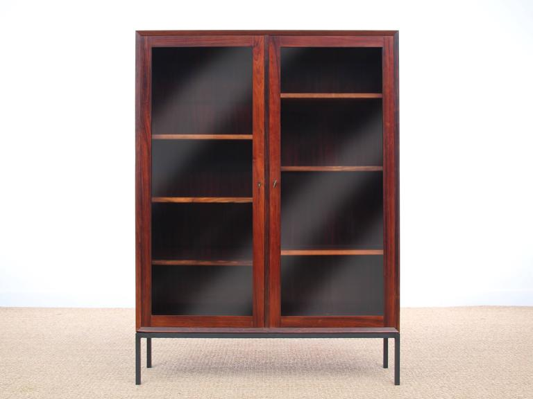 Mid-Century Modern Danish Vitrine Bookcase in Rosewood In Excellent Condition For Sale In Courbevoie, FR