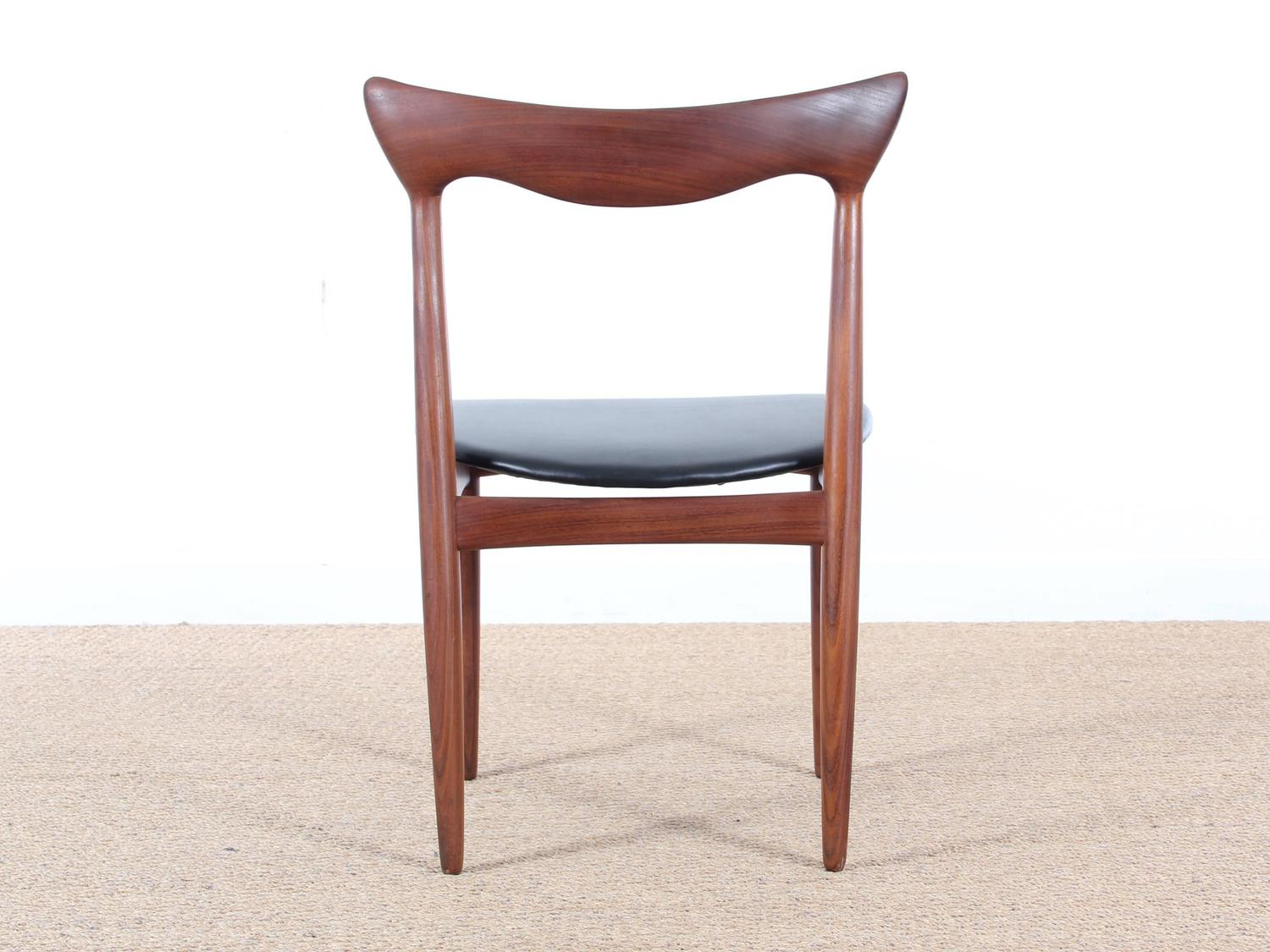 Set of four scandinavian chairs in teak designed by henry for Chaise henri 4