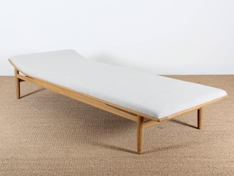 Daybed danish  Mid-Century Modern Danish Daybed, Model 311 in Walnut by Kurt ...