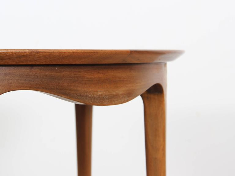 Mid-Century Modern Large Coffee Table in Walnut by Ole Wanscher For Sale 3