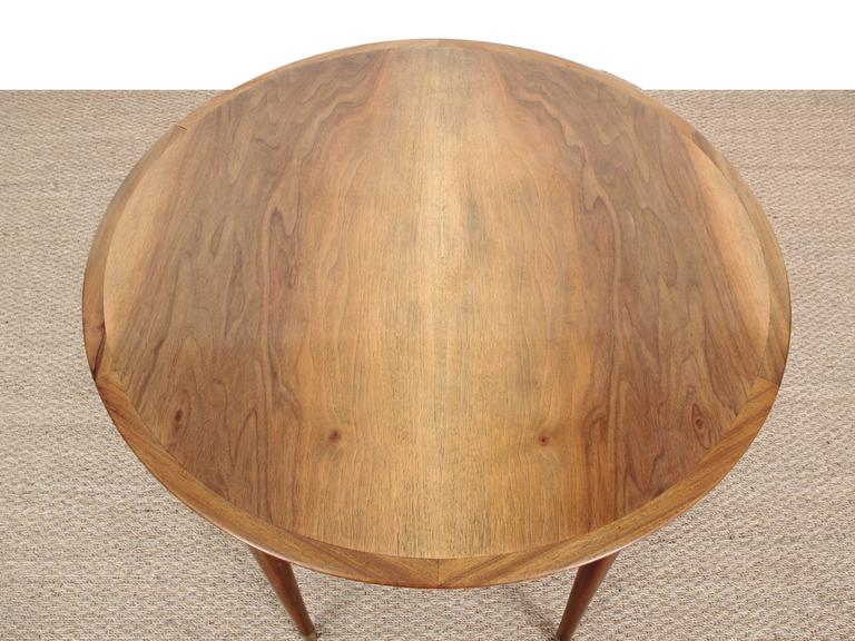 Mid-Century Modern Large Coffee Table in Walnut by Ole Wanscher For Sale 1