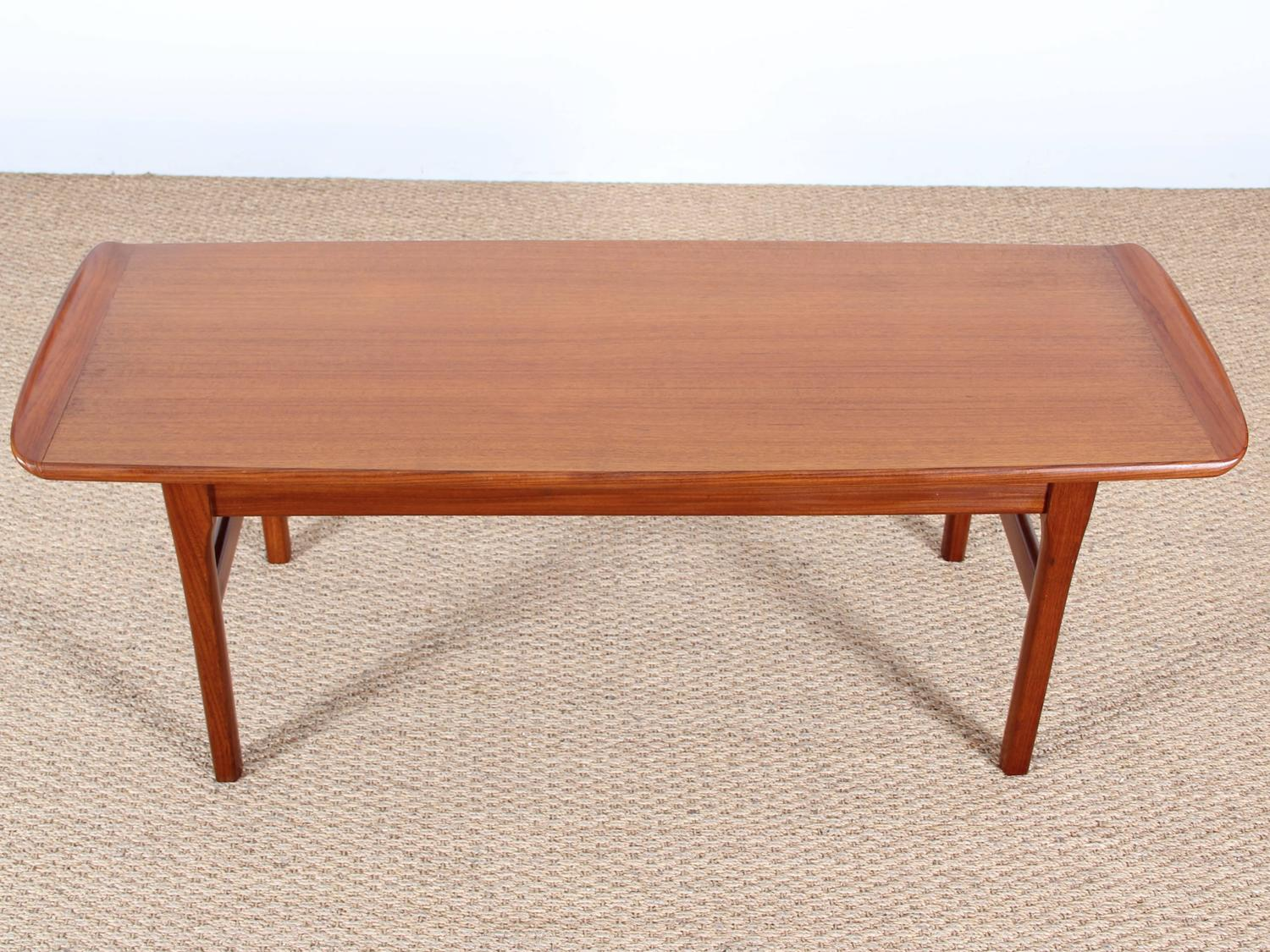 scandinavian coffee table in teak at 1stdibs. Black Bedroom Furniture Sets. Home Design Ideas