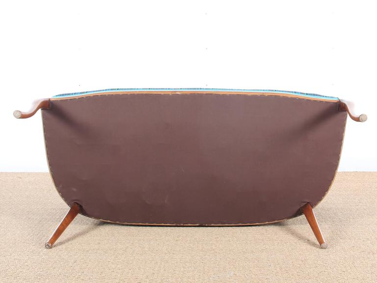 Mid-Century Modern Scandinavian Sofa Two Seats in Mahogany In Excellent Condition For Sale In Courbevoie, FR