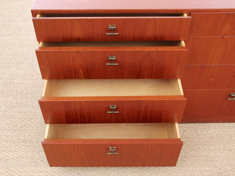danish mid century modern teak chest of drawers at 1stdibs. Black Bedroom Furniture Sets. Home Design Ideas