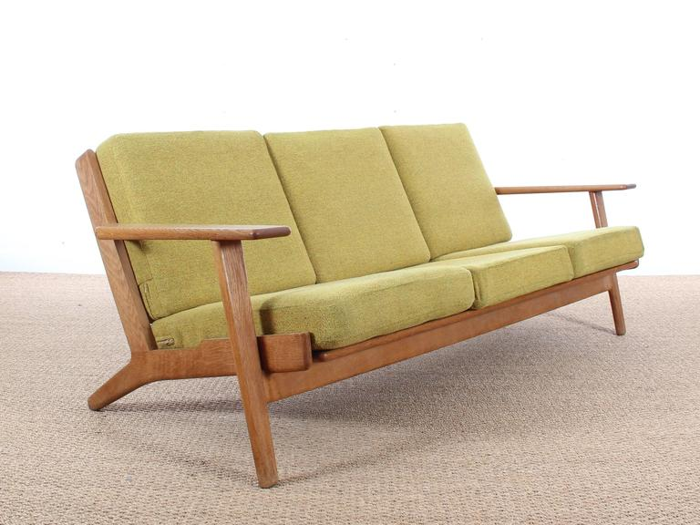 Genial Danish Mid Modern Scandinavian Sofa, GE 290 By Hans J. Wegner For