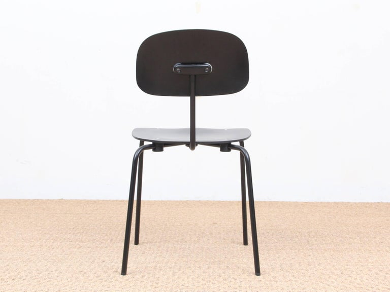 Steel Mid-Century Modern Chair Model S 188 For Sale