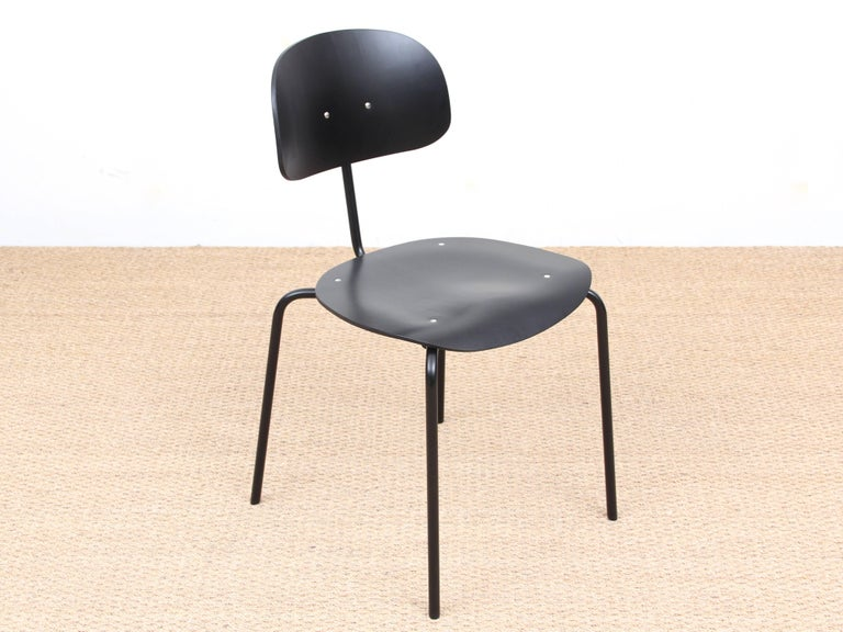 Mid-Century Modern Chair Model S 188 For Sale 3