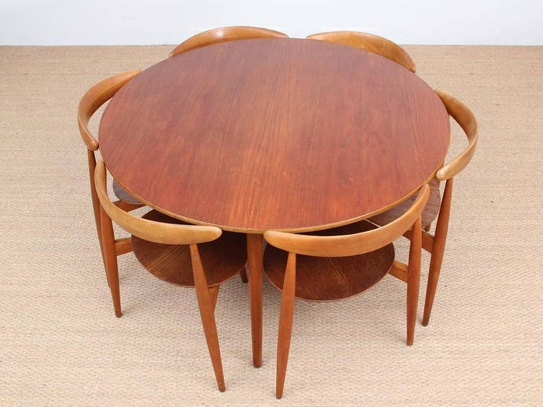 Heart Dining Set by Hans Wegner In Excellent Condition In Courbevoie, FR