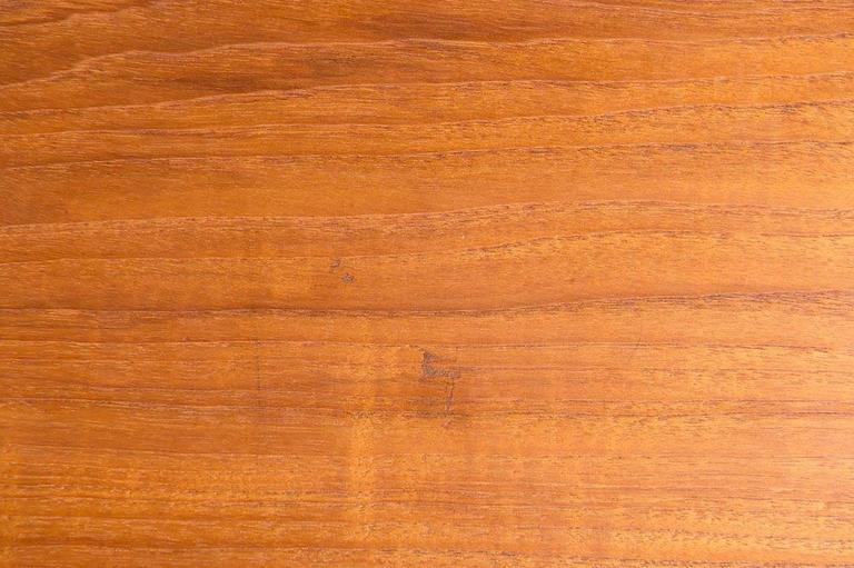 Midcentury Hans Wegner Drop-Leaf Table AT-304 For Sale 2