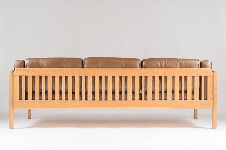 Swedish Mid-Century Sofa in Oak and Leather