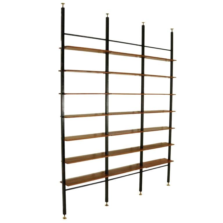 floor to ceiling bookcase teak veneered shelves vintage italy 1950s 1960s at 1stdibs. Black Bedroom Furniture Sets. Home Design Ideas