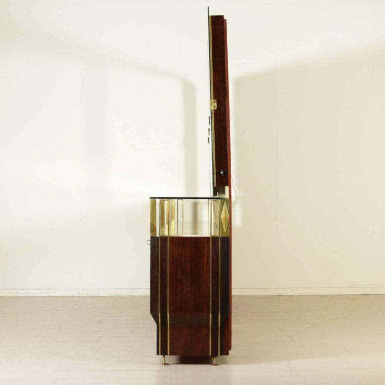 Buffet with Mirror by Vittorio Dassi Rosewood Veneer Brass, Vintage Italy, 1950s For Sale 4