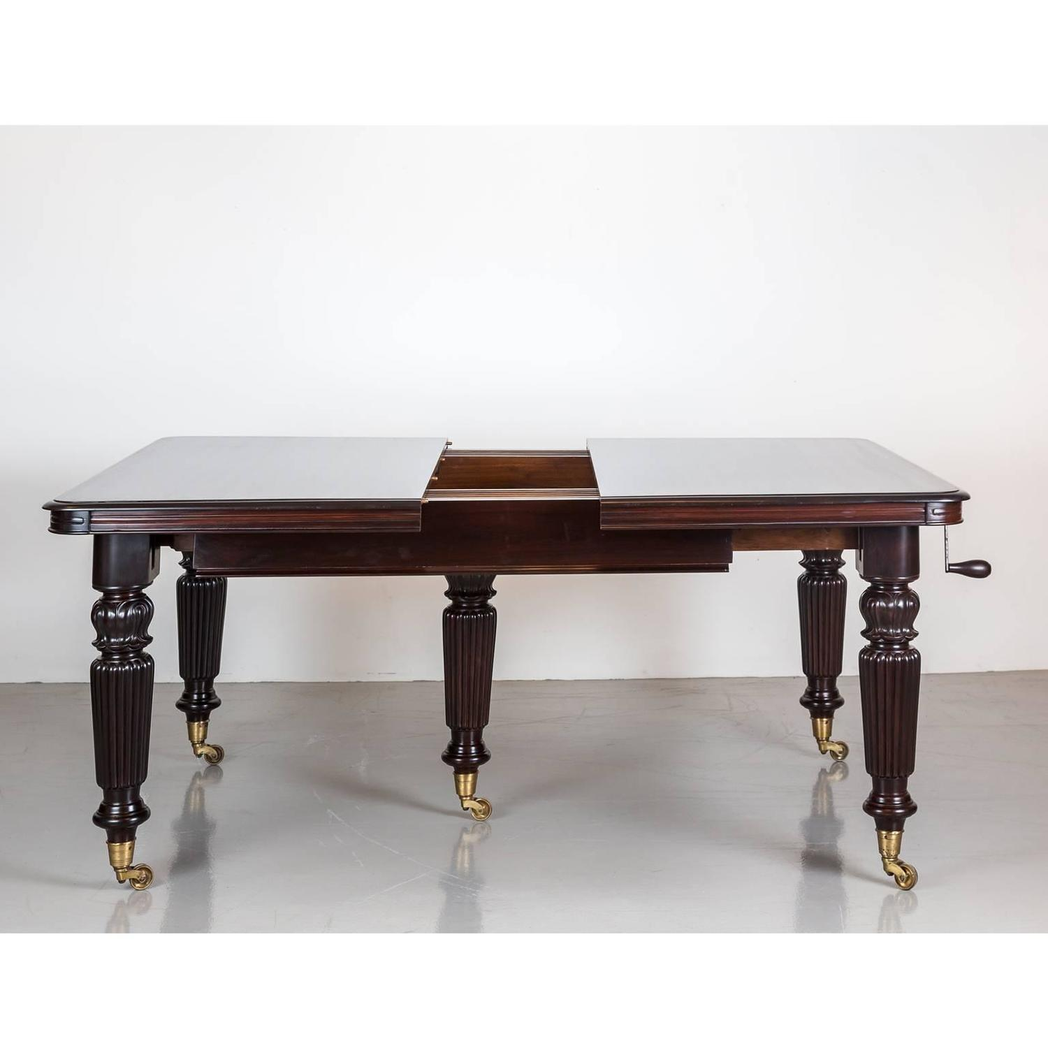 antique anglo indian rosewood extending dining table for sale at 1stdibs. Black Bedroom Furniture Sets. Home Design Ideas