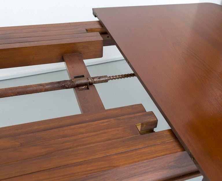 19th Century Antique Anglo-Indian or British Colonial Teakwood Extending Dining Table For Sale