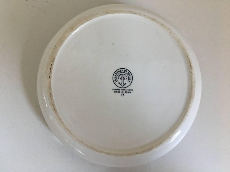 Spanish Colonial 20th Century Spanish Bowl in White and Blue by La Cartuja de Sevilla For Sale