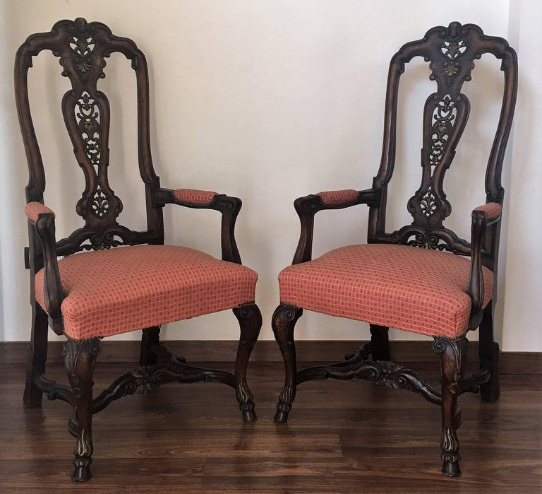 1920s burl walnut Queen Anne style pair of armchairs Burr walnut tops, walnut carcass and cabriole legs.