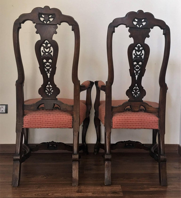 20th Century 1940s Burl Walnut Queen Anne Style Pair of Armchairs For Sale